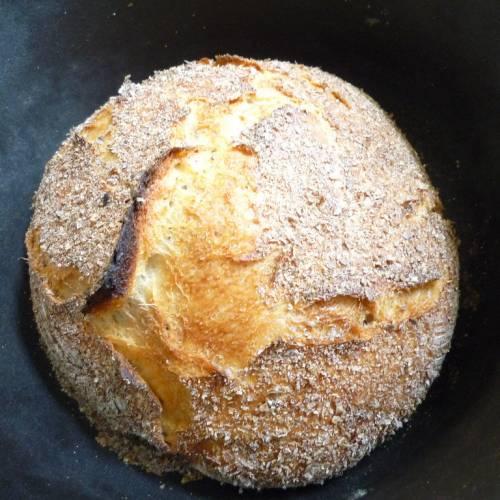 Einfaches No-Knead Brot im Topf